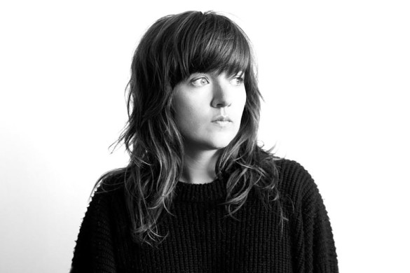 Courtney-Barnett-Finally-Releasing-Debut-Album-FDRMX_opt