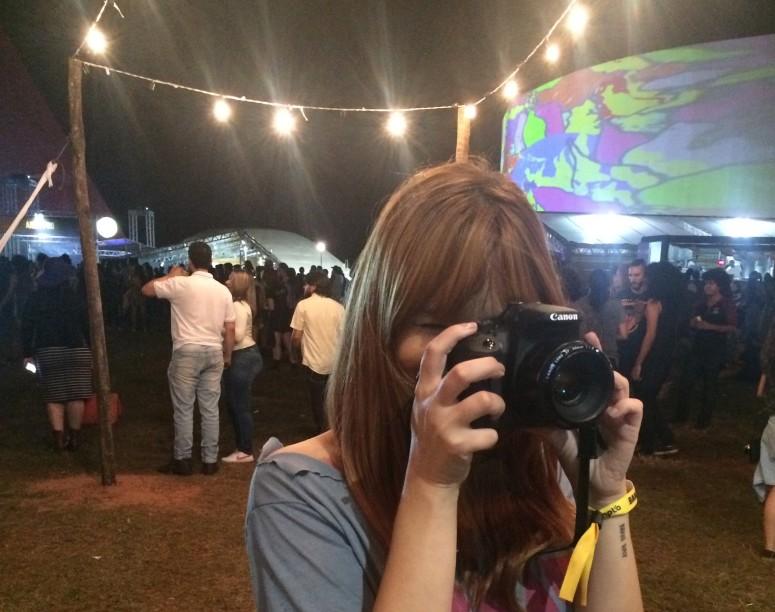 Fotografando com a câmera do Alê. Ano que vem precis levar uma câmera de gente grande !