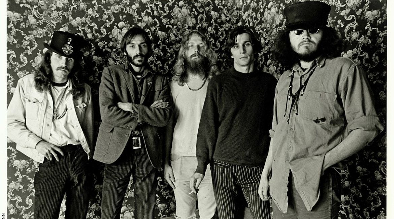 Da esquerda para a direita: Alton Kelley, Victor Moscoso, Rick Griffin, Wes Wilson, Stanley Mouse.