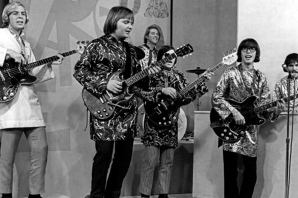 Strawberry Alarm Clock (4)_opt