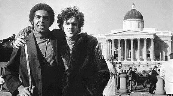 Caetano Veloso e Gilberto Gil no exílio em Londres.