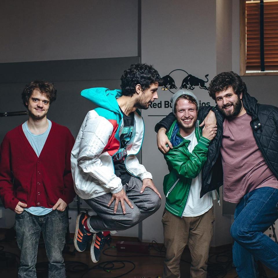 Nico Paoliello, Guilherme Silva, Stephan Feitsma e Bruno Bruni, broovando