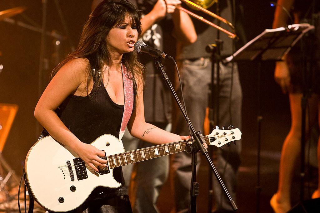 Monica Agena é feroz no palco e fora dele. foto: Eduardo Gabriel.