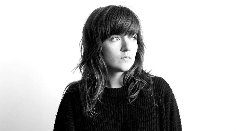 Courtney-Barnett-Finally-Releasing-Debut-Album-FDRMX_opt